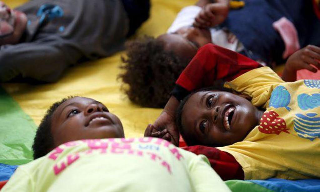"""Col nuovo decreto, l'Italia diventa il primo Paese in UE a """"proteggere"""" i minori migranti"""